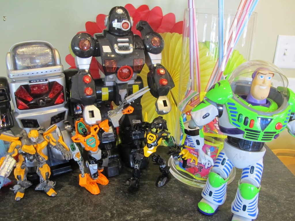"""Aunt Aimee, I Want a Robot Party"": Decorations"