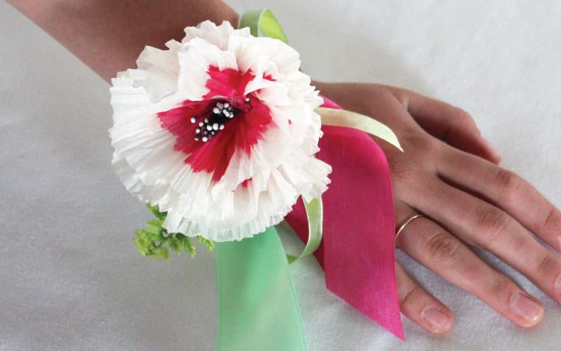 ABC's of Queen for a Day on Mother's Day: Wrist Corsage Art Project Tutorial